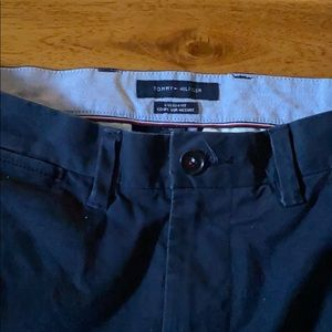 Tommy Hilfiger custom fit straight chinos